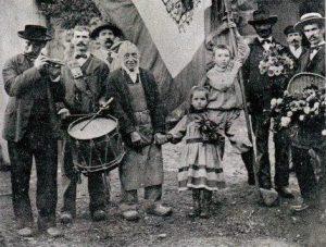 Illustration 1: Aubade de la Saint-Fiacre, dans les années 1890 à Tulle (19).
